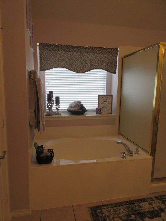 Fort Worth Outdated Bathroom Remodel