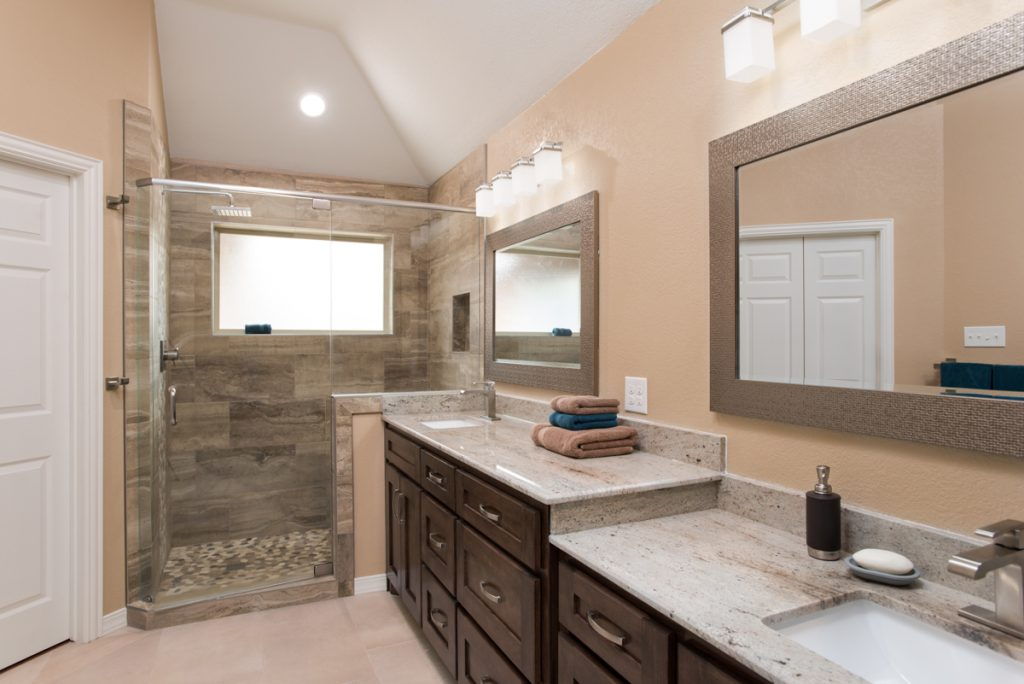 Grapevine Warm And Natural Master Bathroom