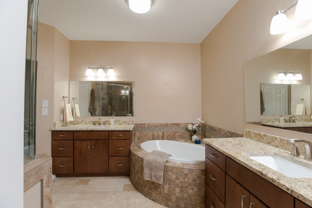 Southlake Transitional Bathroom Corner Tub